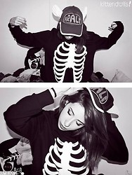 Sumi Moon - Dr. Slump Arale Cap, Unknown Skelleton Sweater - Otaku Badassness