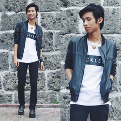 Lanz Paolo - Folded And Hung Leather Jacket, Topman Black Skinny, Androgyne Manila Creepers, Push Thru Chunk Necklace - Surfboard