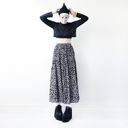 JENNY MUSTARD . - Mind The Mustard Hoop Dreams Crop Top, Mind The Mustard Skirt, Cute To The Core Qozmo Lo - .smokey taboo.
