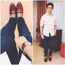 Rhonnel Tan Santos - Cole Haan Shoes, Topman Jeans, Kenneth Cole Watch - Smart Casual Wednesday