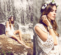 Flávia Desgranges van der Linden - Moikana Dress, Miniminou Ring - Waterfall