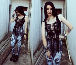 Rokaia MAB - Diy Rokaia Mab Studded Fringed Top, Wolf Leggings - Wolf Moon - Type o Negative