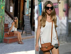Mónica Sors - Capriche Blouse, Zerouv Sunglasses - Just Short & Sandals day, in Belize