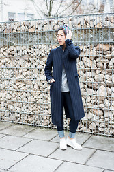 Fan-Ning Tseng - Zara Coat, Monki Pullover, Warehouse Skinny Jeans, Zara Shoes - New Me