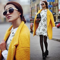 Tina Sizonova - Sheinside Coat, Sheinside Dress, Kamenskakononova Boots, Zerouv Shades - Yellow coat. Colorful trend