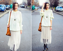 Evilish Queeny - Second Hand Creamy White Mens Sweater, Nowistyle Tulle Skirt - Hobo Style