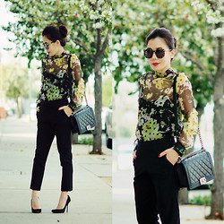 Hallie S. - Chanel Bag, Cropped Pants, Erdem Flower Blouse, Heels - Flower and Chanel