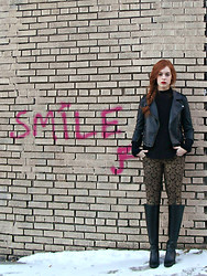 Cole M - Zara Sweater - Smile