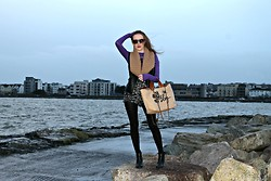 Rebecca Casserly - Bershka Love Your Blog Bag, Primark Ankle Boots, New Look Leather Vest, Primark Gold Shorts, River Island Poloneck - The Calm Before the Storm