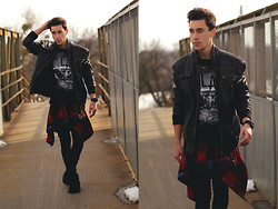 Adam Vaszil - New Yorker Jacket, H&M T Shirt, Vintage Shirt, H&M Jeans, G Shock Similar Here    > Watch - Be a Rockstar