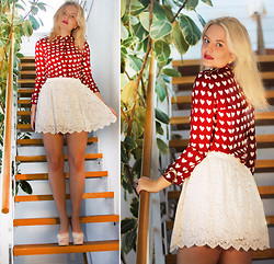 Elin Hansson - Sheinside Heart Printed Shirt, Monki Lace Skirt, Heels - ♡ Stairway To Heaven - Led Zeppelin ♡