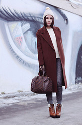 Rita Galkina - Pepen Coat, Louis Vuitton Bag, Bershka Pants, Carlo Pazolini Boots - The Eye