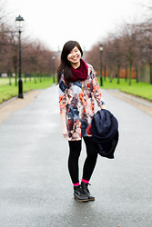 Laura Ngiam - H&M Scarf, Vero Moda Swing Dress, Asos Swing Coat, Happy Socks, Asos Boots - RIGHT THOUGHTS