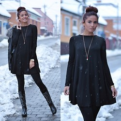 Grama Ioana - Boohoo Long Sleeve Dress, Calvin Klein Gum Boots - All black oufit for cold days