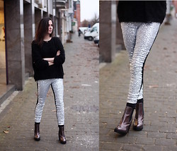 Annebeth B - Boohoo Sequined Leggings - Sequined Leggings