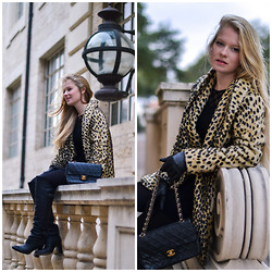 Emilie Froyland - Chanel Classic Flap - Leopard Printed