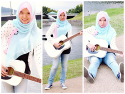 Nee-chan Annisa Yuwanda - Forever 21 White Polkadot Cardigan, Levi's® Skinny Boyfriend's Jeans, Converse Navy Blue Sneakers, Nichii Long Tank Top, Jilbab Paris Pink And Blue Hijab - Sweet and soft -cute melody~!