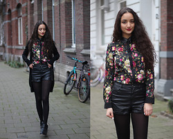 Ranim H. - Romwe Floral Blouse - Big Flowers and Leather