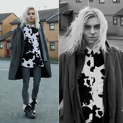 Milex X - Vateno Cow Printed Shirt, Vintage Grey Coat, H&M Grey Jeans, Next Grey Boots - I sweep all my issues to somewhere I can't find