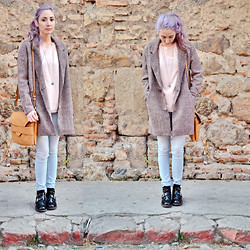 Fleur Chelsea - Pull & Bear Coat, Massimo Dutti Silk Sweater, Parfois Bag, Wanted Shoes - Between Seasons