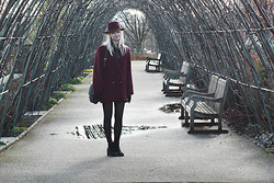 Angéline - Comptoire Des Cotonniers Hat, The Kooples Scarf, Agnès B Bag, Weinberg Paris Coat, Vagabond Boots - Oversized London