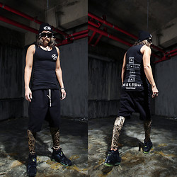 INWON LEE - Byther Pants, Byther Leggings, Vest - What's going on