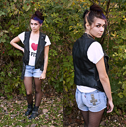 Emily Perkovich - Forever 21 Studded Leather Moto Vest, Delias Pretty Little Liars Mr. Fitz Tee, Levi's® Cut Off Highwaisted Studded Shorts, Gap Swiss Dot Tights, Poshmark Studded Combat Boots - 10282013