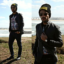 Khalil Alaoui - Choies Vogue Beanie, Choies Mr Elk Sweater, Banggood Blazer, Rigin Racer, Step Dockers Shoes - I Wanna Die In Youre Arms !