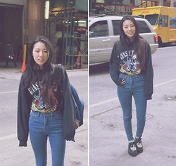Yonish - Urban Outfitters Guns N Roses Sweatshirt, Jollychic High Waist Jeans, Sammydress Leopard Creepers - Denim Rock