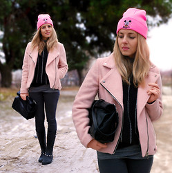Iren P. - Choies Mickey Mouse Pink Beanie, Stradivarius Baby Pink Biker Wool Coat, Mango Grey Hight Waisted Skiny Jeans, Mango Grey Pinstripe Woolen Sweater, Zara Black Lunch Box Wrap Clutch, River Island Wellington Boots With Skulls - Pinky Mickey