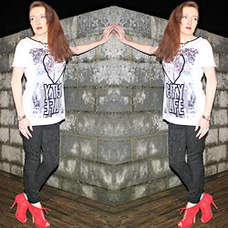 Rebecca Casserly - Primark Love City Life Tee, River Island Jacquard Pants, Primark Red Open Toe Boots - Love City Life
