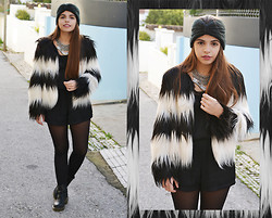 Catarina Marques - Frontrowshop Striped Fur Coat, Zara Black Jumpsuit, Asos Turban, Dr. Martens Doc, Parfois Silver Necklace - The power of imagination makes us infinite