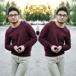 Erhard - Umm Sweater - Late post = September 2013