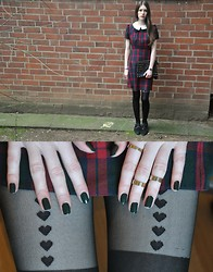Laura R. - Atmosphere Tartan Dress, Atmosphere Studded Clutch, Goertz17 Shoes, Casio Watch, H&M Midi Rings, American Apparel Nailpolish / Hunter, H&M Suspender Tights - Tartan dress