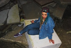 Kara Geraerts - Inu4 Vintage Denim Jacket, Thrifted Tiki Shirt, Ripndip 5 Panel, Zara Pants, Nike Janoski's - Cold breeze