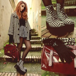 Maria Rondinella - Mujjo Touchscreen Gloves, Jeffrey Campbell Boots, Choies Skirt, Choies Bag - TWINS