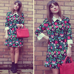 Tasha Hinde - So In Fashion Floral Dress, Vagabond Boots - Flora