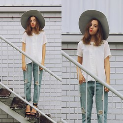 Isabella Wight - Three Of Something Top, Oasap Jeans, Shop Priceless Heels, Lack Of Color Hat - Slouch