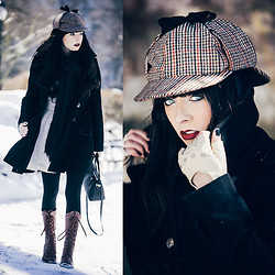 Rachel-Marie Iwanyszyn - Asos Gloves, Thrifted Coat - A STUDY IN CENTRAL PARK.