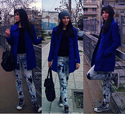 Vicky Ath - Stradivarius Blue Coat, Converse Shoes, H&M Simple Black Top - Blue things