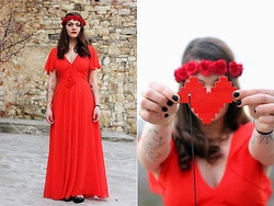 Beatrice Costanzo - Diy Rose Crown, Asos Maxi Dress, Diy Lego Necklace - Dance me to the end of love