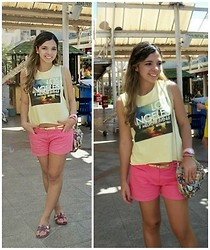 Priscilla B. - Los Angeles Shirt, Pink Shorts, Melissa Morning + Salinas, Sling Bag Betty Boop - I'm Not Afraid