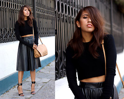 Génesis Serapio - Zara Cropped Top, Choies Faux Leather Skirt, Zara Handbag, Zara Heels - Romantic black