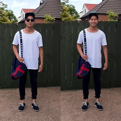 Miguel Valero - Huffer 6 Panel Strapback, Tequila Mockingbird White Tee, Tommy Hilfiger Duffle Bag, Cheap Monday Black Pant, Suede Derby Shoe, Ray Ban Sunglasses - Black, white, et al.
