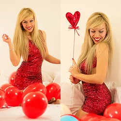 Eleonora Petrella - Bershka Sequined Dress, Steve Madden Leena Heels - Happy Valentine's day