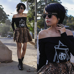 Priscila Diniz - Romwe Starbucks Top, Romwe Leopard Print Skirt, Persun Ring - I drink (coffee) to forget...