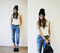 Darina Suprun - Zara Jeans, Jeffrey Campbell Shoes, H&M Bag -  Radioactive