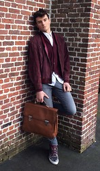Gianni Van den Bergh - Balenciaga Sneakers, Picard Bag, Patrizia Pepe Cardigan, Charvet White Dress Shirt, 7 For All Mankind Jeans - Say my name