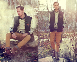 Mykola Hruts - Banggood Mens Van Hit Color Hollow V Collar Sweater, Aloha Helsinki Ganymede Bracelet - What Else Is There?