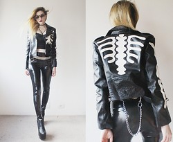 Jacqueline Illoz - Choies Skull Leather Jacket, Romwe Leather Bralet, Topshop Vinyl Pants, Christian Dior Sunglasses - I'm unclean, i'm libertine